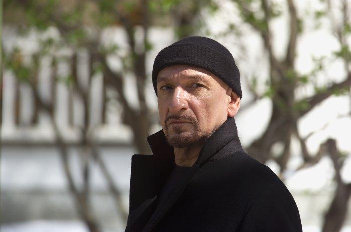 Frank Falenczyk (Ben Kingsley) ist ein gewiefter Killer