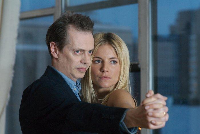 Pierre und Katya kommen sich näher