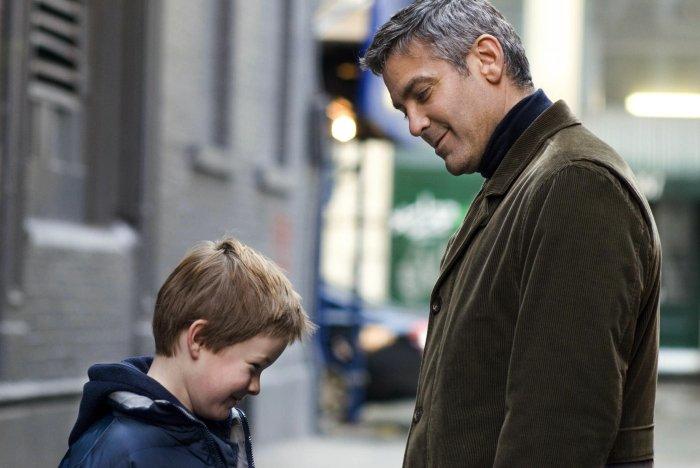 Seltene Begegnung: Henry (Austin Williams) mit Vater Michael Clayton (George Clooney)