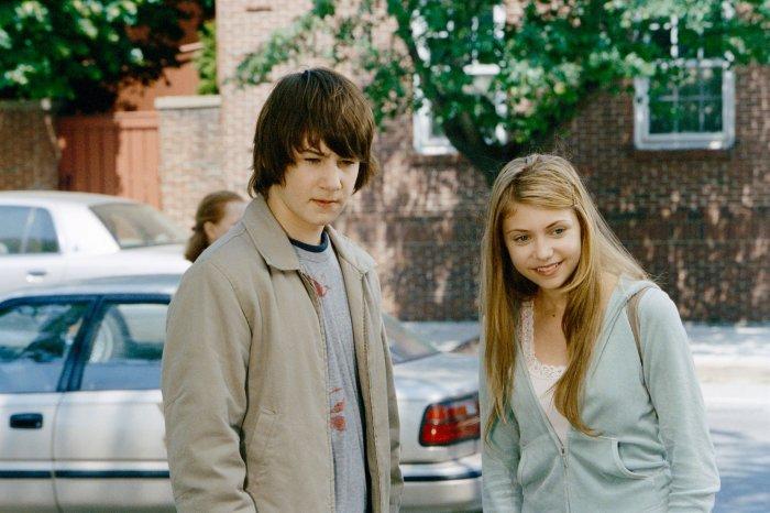Jack (Alex Neuberger) und Molly (Taylor Momsen) kommen sich näher