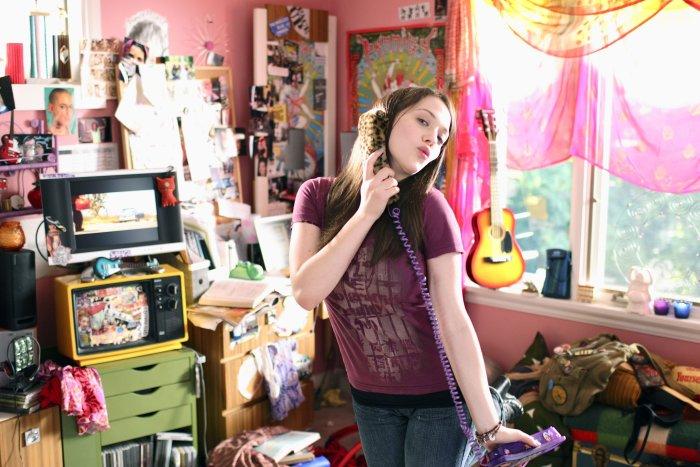 Susan (Kat Dennings) ist verliebt