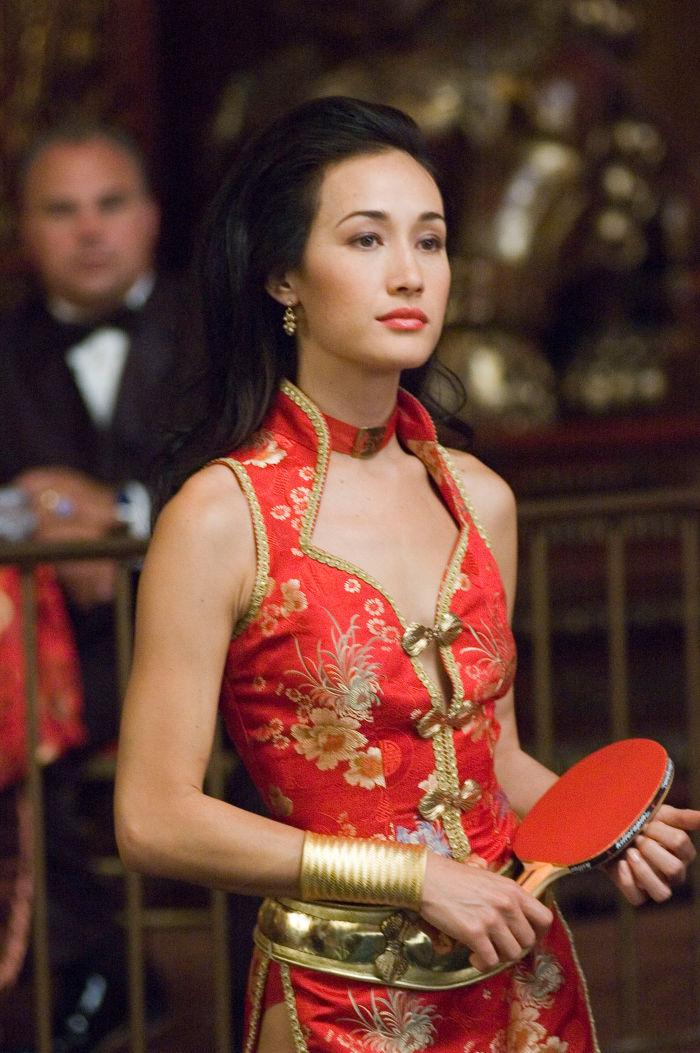 Maggie Q als Maggie Wong