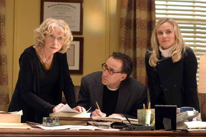 Frauenpower: Emily (Helen Mirren) und Abigail (Diane Kruger) helfen Ben bei der Recherche