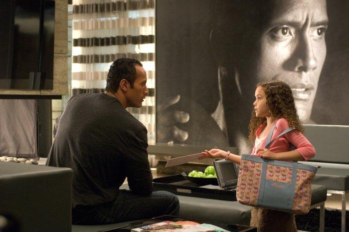 Joe kriegt von Peyton (Madison Pettis) den Beweis: Er ist Vater