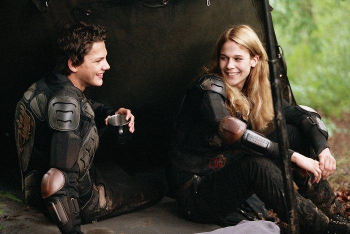 Noch glücklich: Leon (Jimi Blue Ochsenknecht) und Vanessa (Sarah Kim Gries)