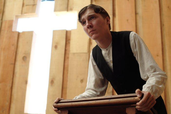 Laienprediger Eli (Paul Dano) ist von tiefer Gläubigkeit beseelt