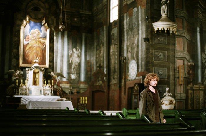 Noch hängt der Engel mit der Geige am rechten Platz