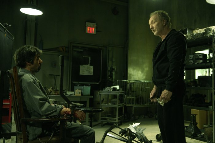 Cecill (Billy Otis) in der Gewalt von Jigsaw John Cramer (Tobin Bell)