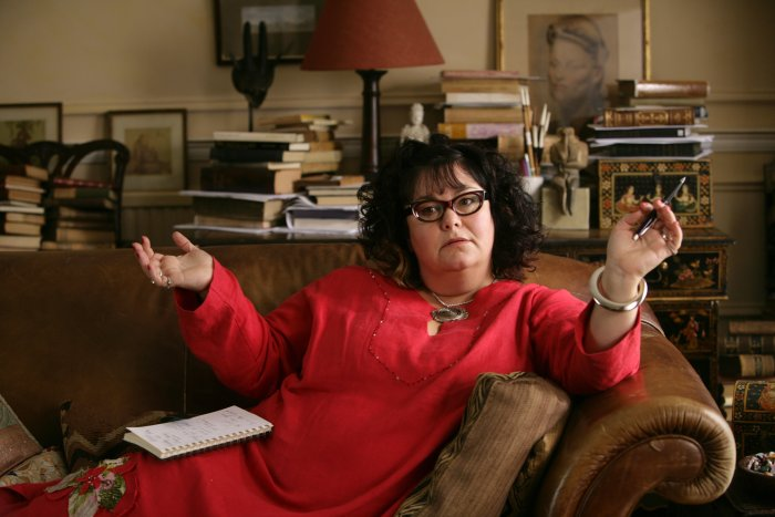 Comedian Dawn French als Peters Therapeutin