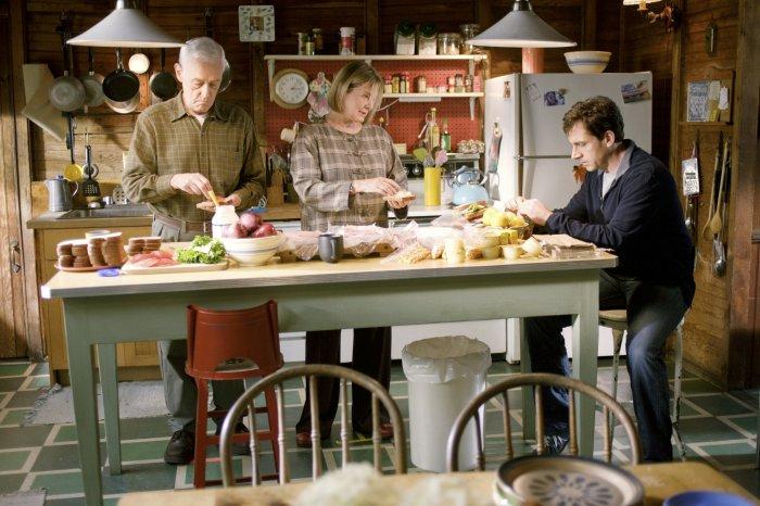 Poppy (John Mahoney) und Nana (Dianne Wiest) wollen für Dan das Beste