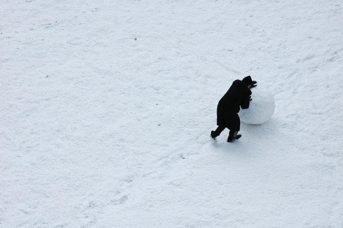 Schneeballrollen zur Entspannung