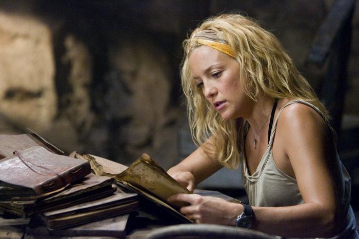 Studiert Schatzkarten: Kate Hudson als Tess