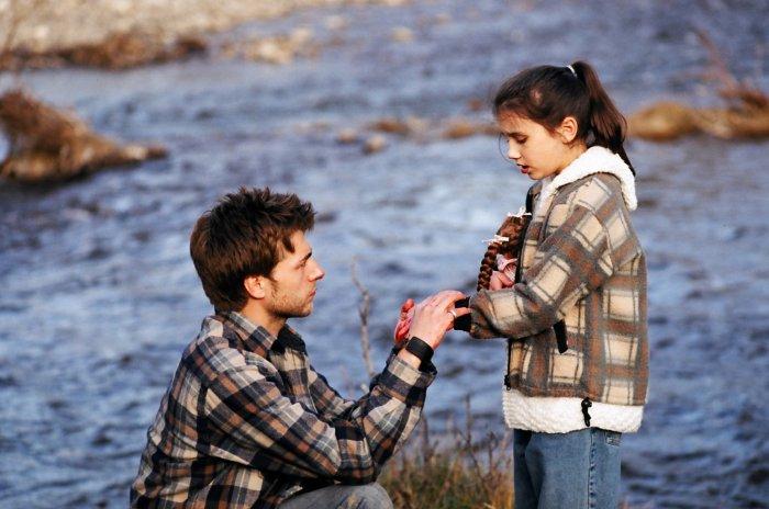 Jerry mit Celina am Fluss