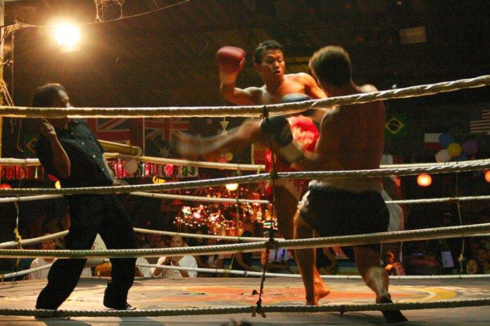 Jake im Ring beim Kickboxen