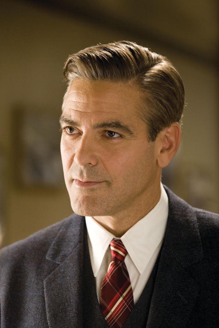 George Clooney als Footballer