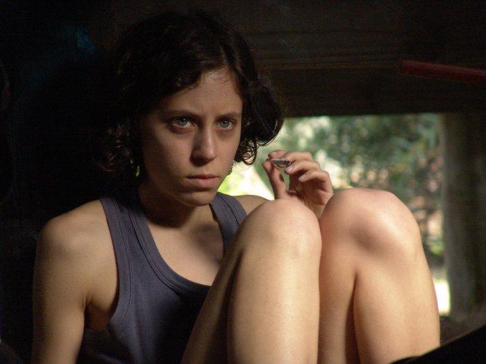Alex (Inés Efron) hat eine besondere Pubertät