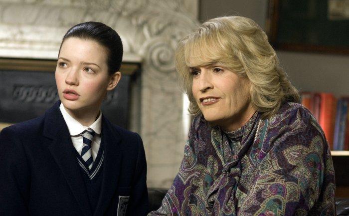 Annabelle (Talulah Riley) mit Tante Camilla (Rupert Everett)