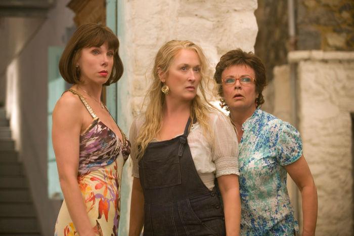 Donna und ihre lebenslustigen Freundinnen
