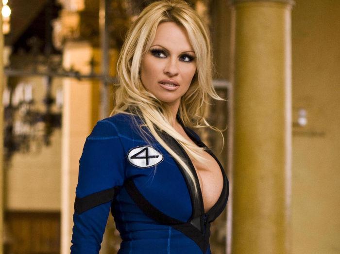 Zwei hervorragende Argumente für einen Cameo-Auftritt: Pamela Anderson