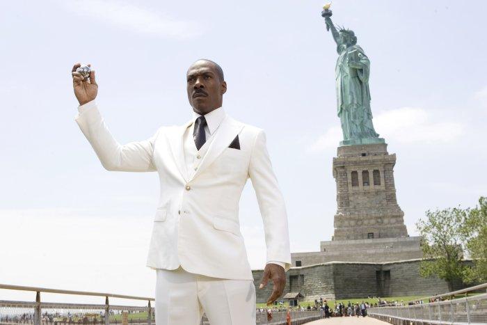 Dave (Eddie Murphy) vor der Freiheitsstatue