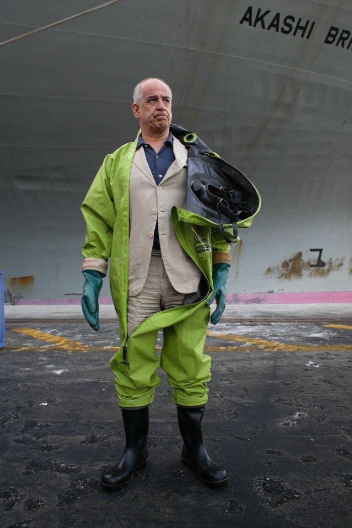 Franco (Toni Servillo) steckt im Müllgeschäft