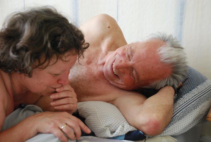 Karl und Inge beim Liebespiel