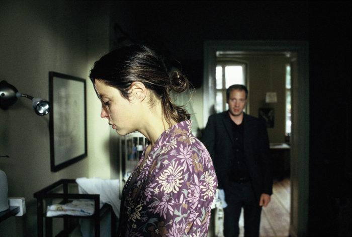 Rebecca (Susanne Wolff) fühlt sich unnormal