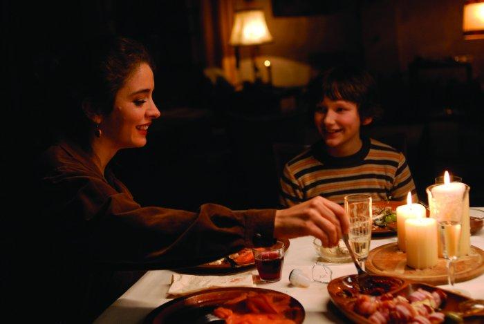 Lizzy mit Alex beim Abendessen