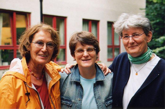Drei Fürstreiterinnen für die Stolpersteine