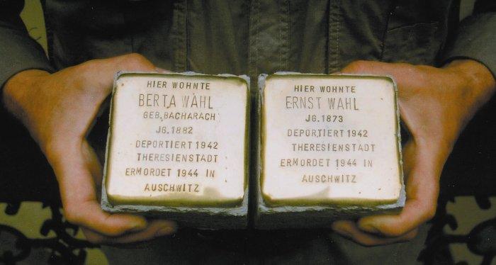 Gedenksteine für zwei Nazi-Opfer