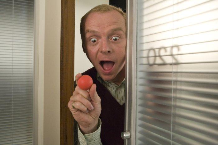 Sidney Young (Simon Pegg) hat keinen guten Einstand